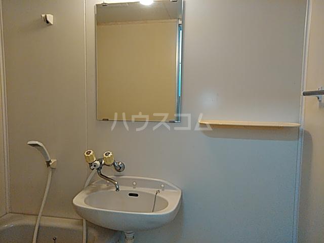 桜ヶ丘アイランド 104号室の洗面所
