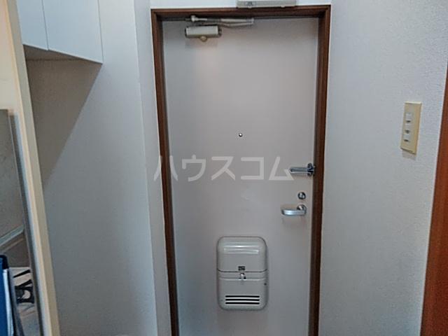 桜ヶ丘アイランド 104号室の玄関