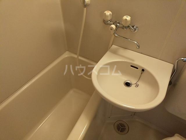 タウニィ相模台 205号室の風呂