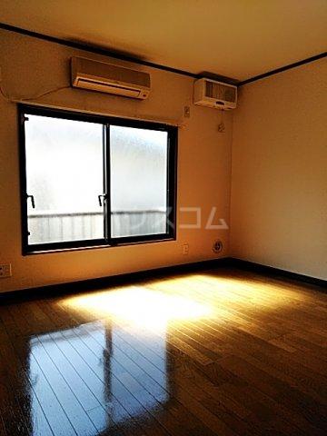 ファーストパレス金森2 202号室のキッチン