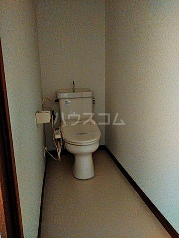 ファーストパレス金森2 202号室のトイレ