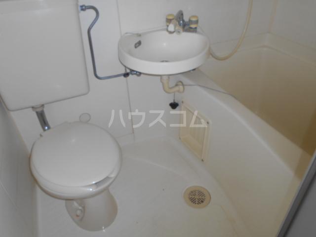 昭和記念荘 202号室の風呂
