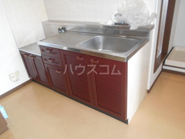 エレガンス 302号室のキッチン