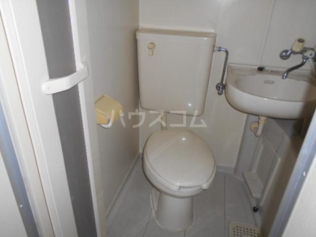 ハイツTM 204号室の洗面所