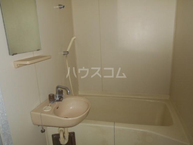 ヒヨシハイツ 204号室のトイレ