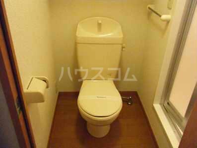 レオパレスコーワ ビレッジ 104号室のトイレ