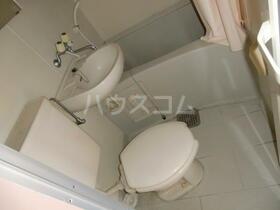 ライヴリーメゾン 201号室のトイレ