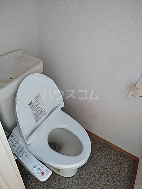 パレス井土ヶ谷 105号室のトイレ