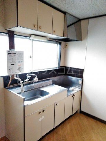 サニーコート 202号室のキッチン