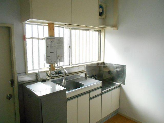 松山コーポ 201号室のキッチン