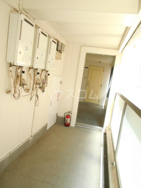 オードリービル 603号室のロビー