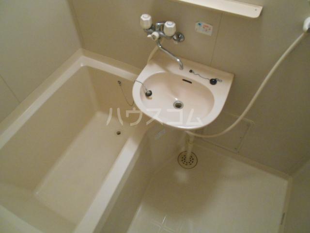 築山コーポ 203号室の風呂