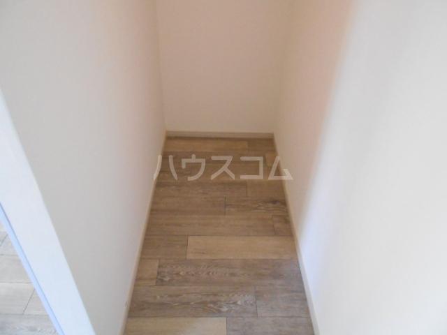 築山コーポ 203号室の洗面所