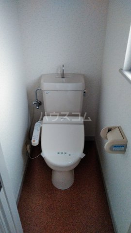 コンフォルト23 205号室のトイレ