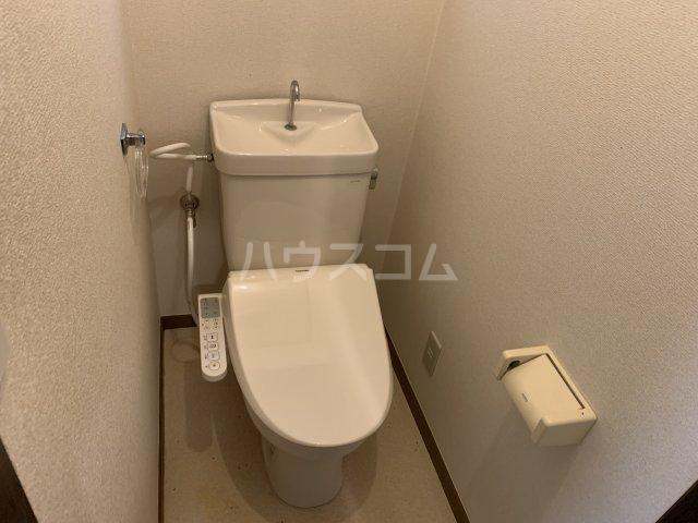 桜ヶ丘アイランド 108号室のトイレ