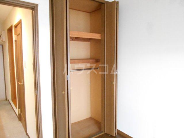 ヤガラハイツ 205号室の収納