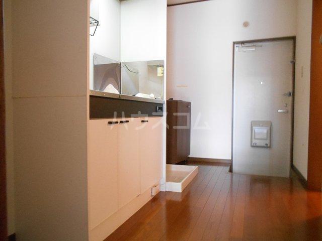 ヤガラハイツⅡ 205号室の居室