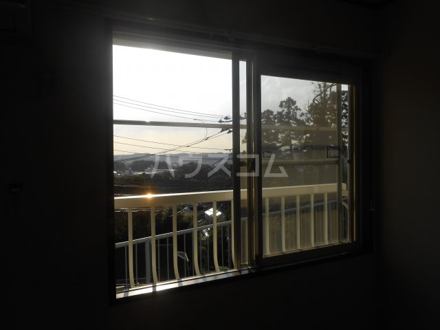 第二稲荷山ハイツB 2-D号室のバルコニー