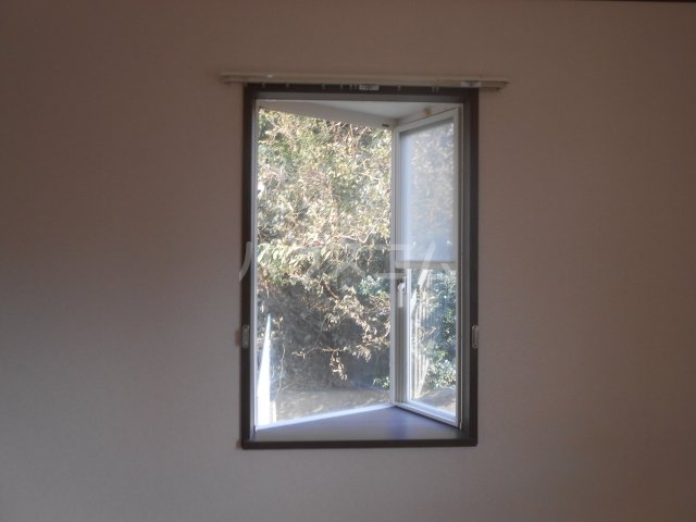第二稲荷山ハイツB 2-D号室の