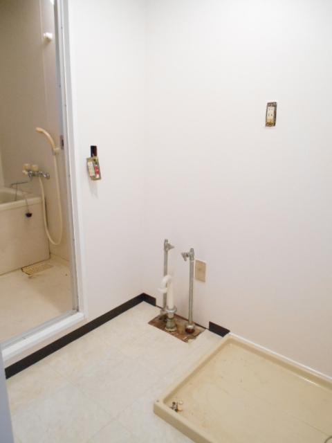 サニーホームズA 203号室の洗面所