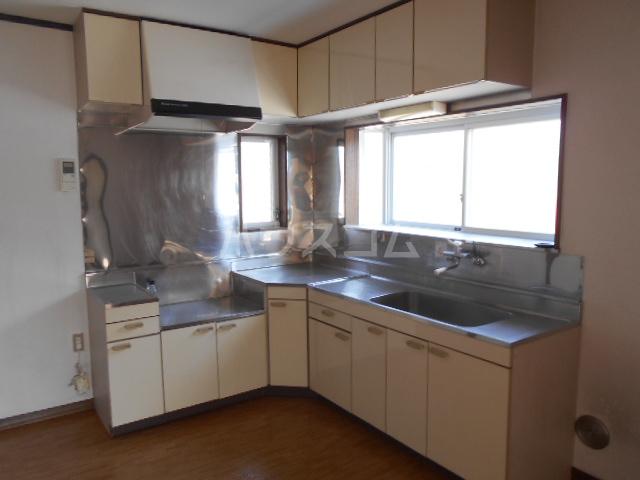 安西ハイツA棟 201号室のキッチン