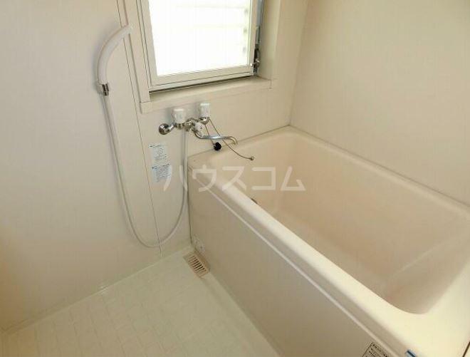 ラフィネ・シャンヴル 601号室の風呂