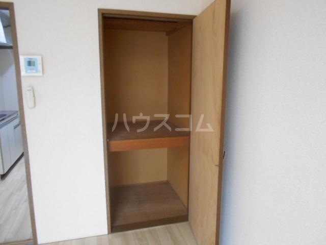 第二サフランハイツ 1-G号室の収納