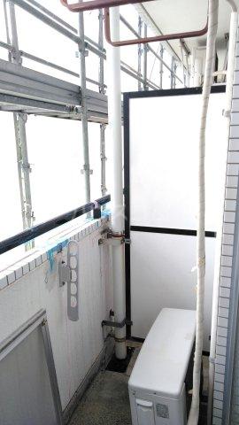 メゾン・ド・ドリーム横浜 27号室のバルコニー