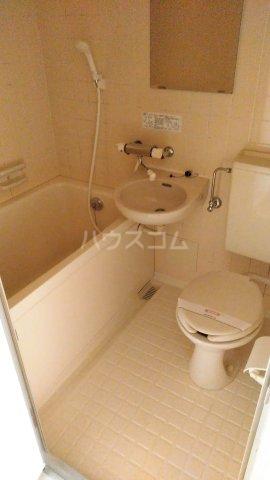 メゾン・ド・ドリーム横浜 27号室の風呂
