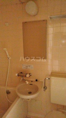 メゾン・ド・ドリーム横浜 27号室の洗面所