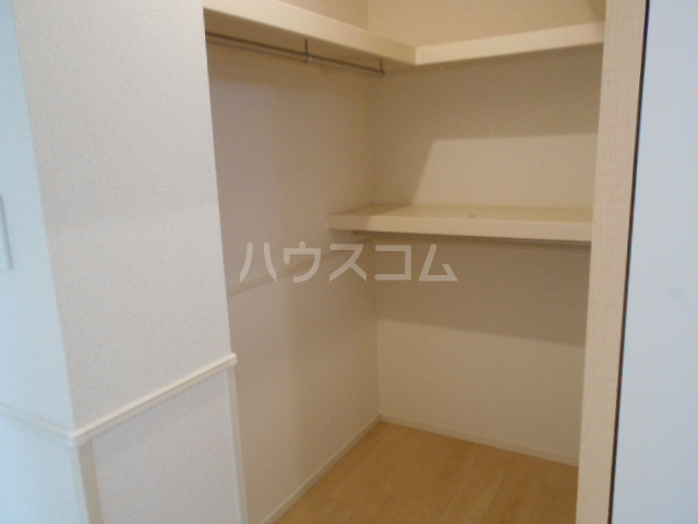 サンフラワー 01020号室の収納