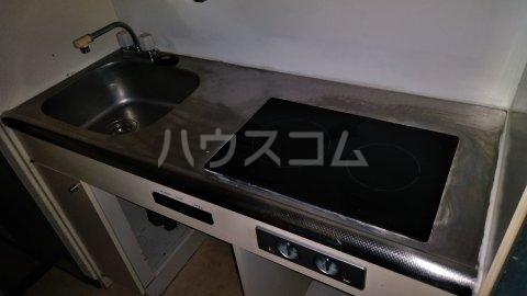 湘南金沢文庫ハイツ 303号室のキッチン
