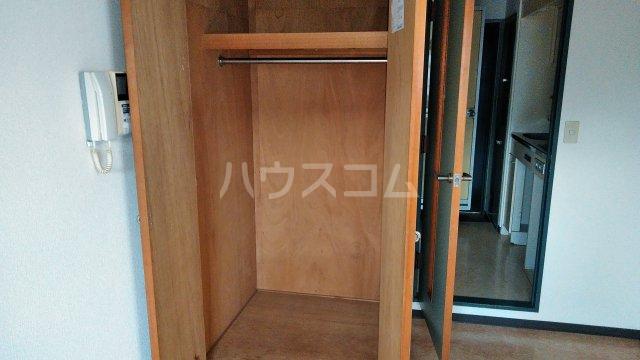 湘南金沢文庫ハイツ 303号室の収納