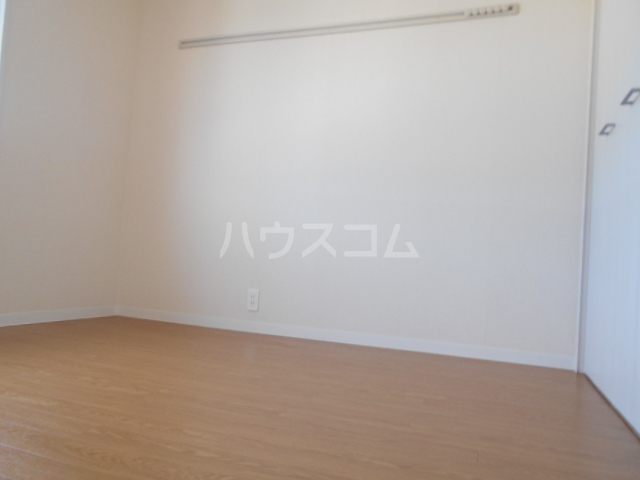 ミユキハイツ 202号室の居室