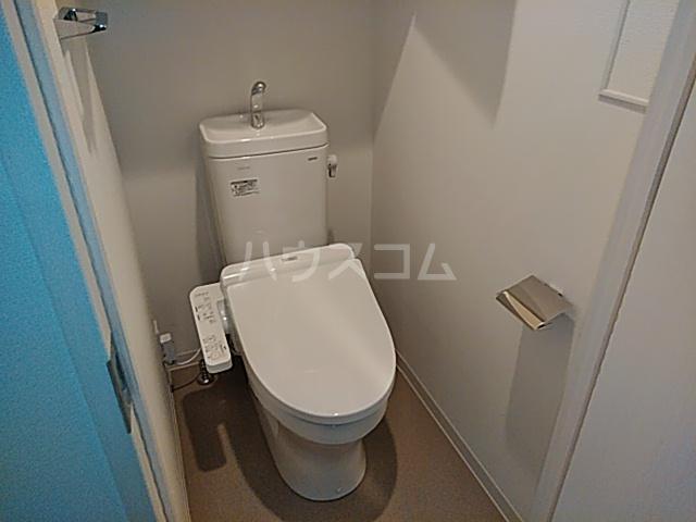 BANDOBASHI KNOTS 802号室のトイレ