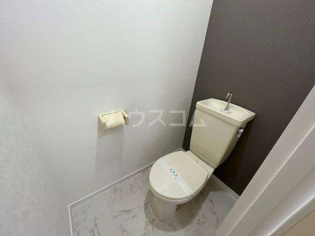 ラフォーレはねざわB 201号室のトイレ