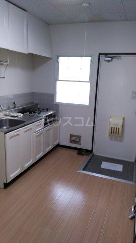 ビューラーオークボB棟 103号室のキッチン