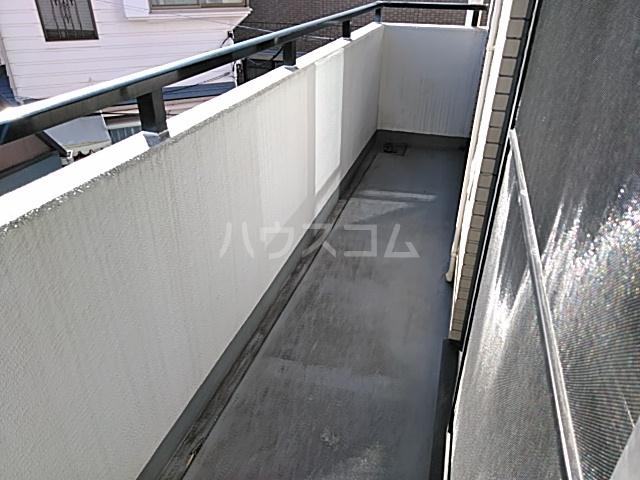 OAK PLAZA 0301号室のバルコニー