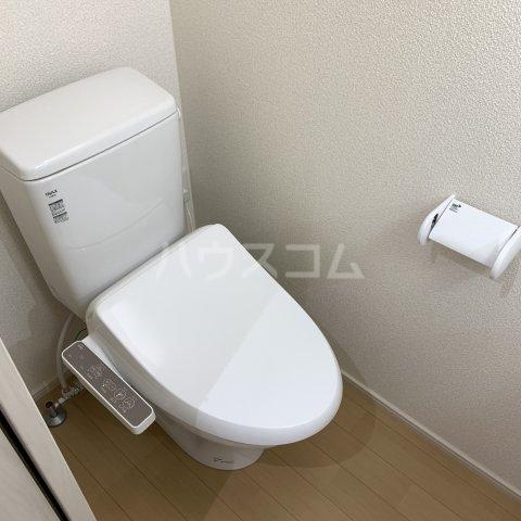 アイビーⅤ 108号室のトイレ