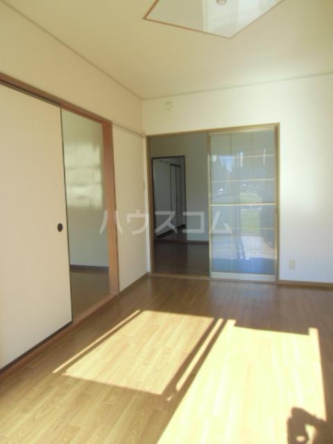 リヴェールJ Ⅰ棟 202号室の居室