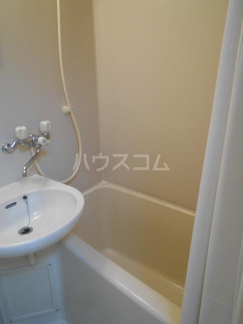 タートルストーンビル 115号室の風呂