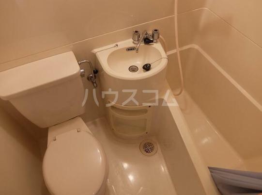 コスモコーポ磯子 101号室の風呂