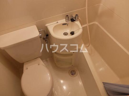 コスモコーポ磯子 101号室の洗面所