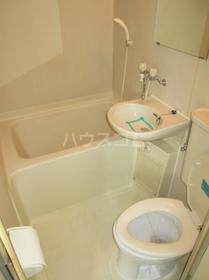 ジュネパレス座間第14 0201号室の洗面所