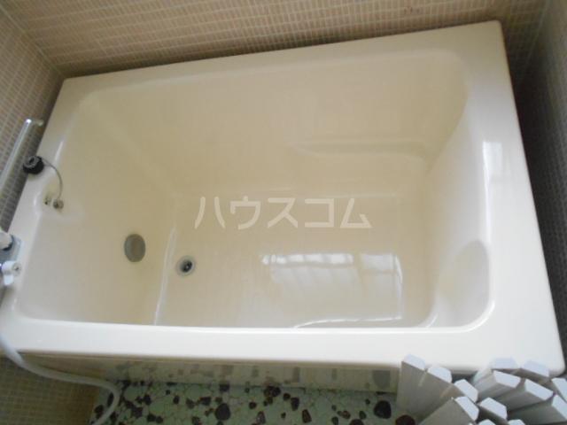 長崎荘 102号室の風呂