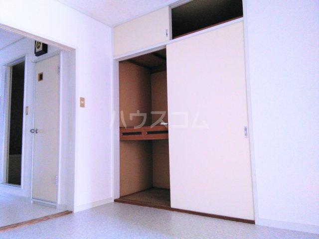グランドマンション6 102号室の収納