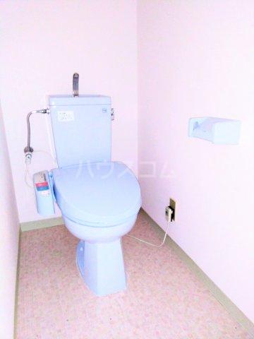 グランドマンション6 102号室のトイレ