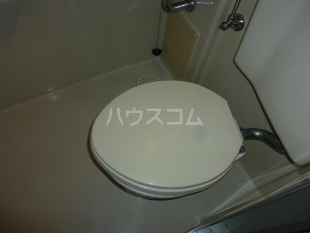 高ヶ坂橋ビル 202号室のトイレ