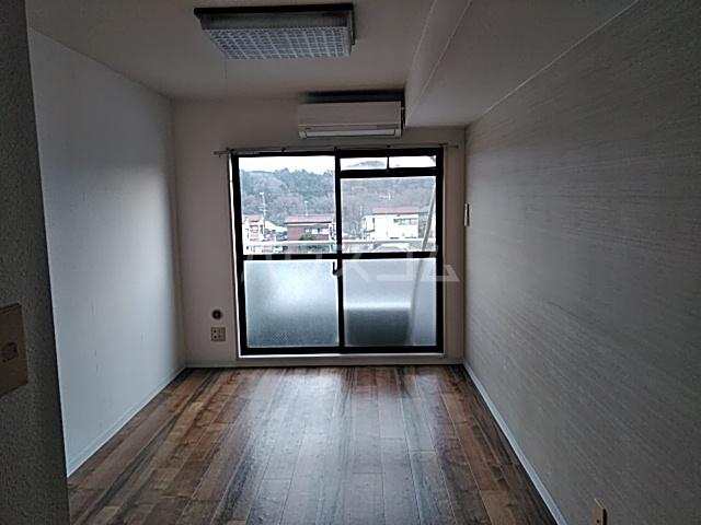 ヒルサイド洋光台Ⅰ 502号室のキッチン