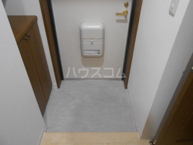 スカイパレス東戸塚 702号室の玄関